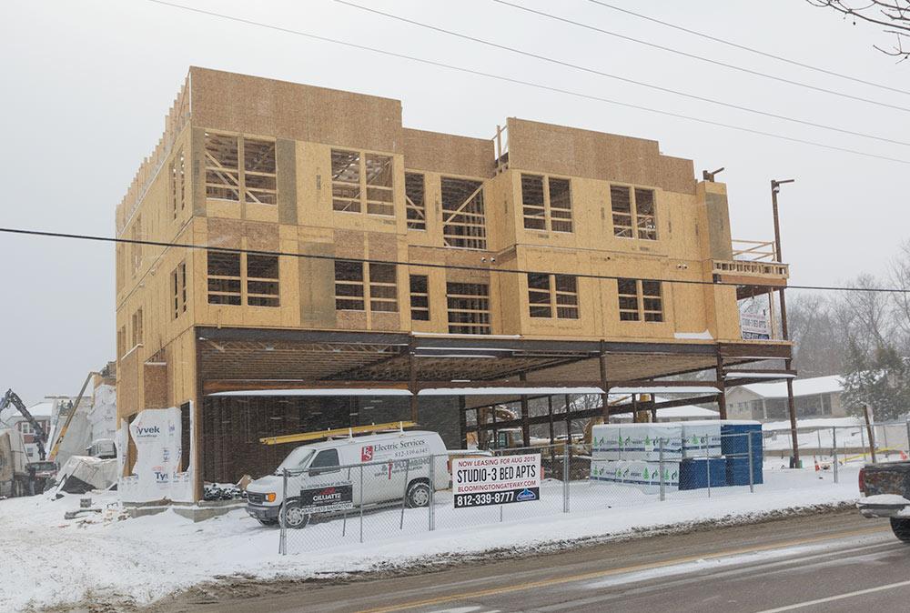 bloomington-apartments-Gateway-building2