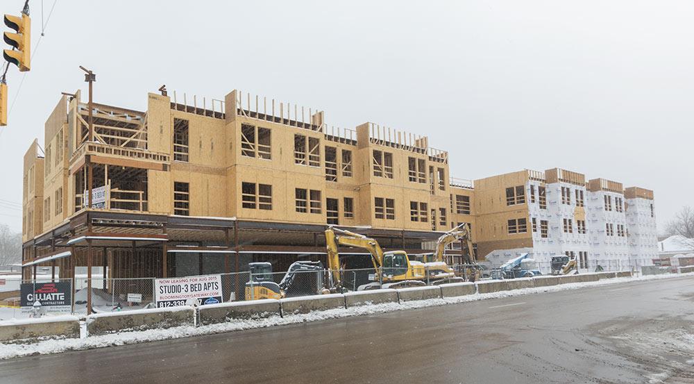 bloomington-apartments-Gateway-building3